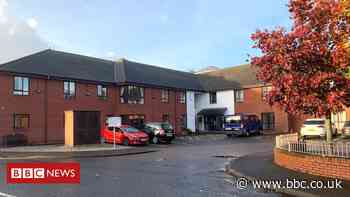 Covid in Scotland: Sixth resident dies in Dumfries care home outbreak - BBC News