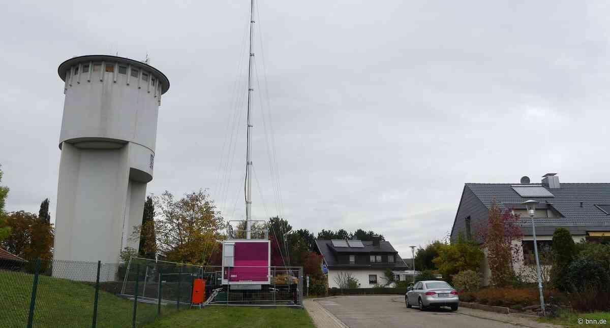 Wieder am Netz: Mobiler Sendemast in Karlsbad aufgestellt - BNN - Badische Neueste Nachrichten