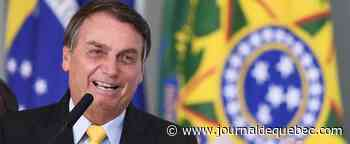 À mi-mandat, le président brésilien Bolsonaro met de l'eau dans son vin