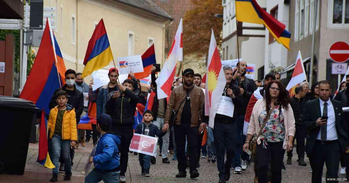 Armenier fordern Frieden für Bergkarabach | Minden - Mindener Tageblatt