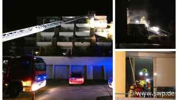 Brand in Bad Urach: Feuer in Mehrfamilienhaus - Großeinsatz der Feuerwehr - SWP
