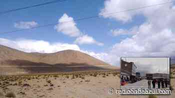 Dirigentes de El Collao, Chucuito y Tarata anuncian viaje a Bolivia para evitar trasvase de agua a Tacna - Radio Onda Azul