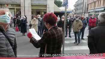 Il taglio del nastro della sede della Cgil a Ostiglia - Gazzetta di Mantova