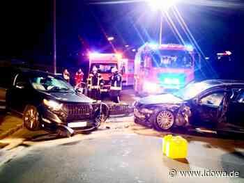 Furth im Wald: Unfall: Zwei Verletzte und hoher Sachschaden - idowa