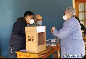La votación en la ciudad de Sucre arranca con normalidad - EL DEBER
