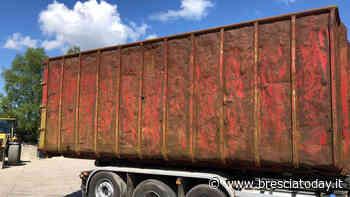 Follia di un imprenditore: scarica un container di amianto e se ne va - BresciaToday