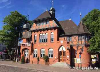 Wegen Corona: Stadt Fehmarn schließt Verwaltungsgebäude und Betriebe - Dennis Angenendt