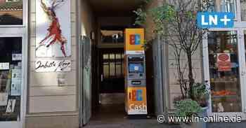 Ärger über Geldautomat im Hauseingang