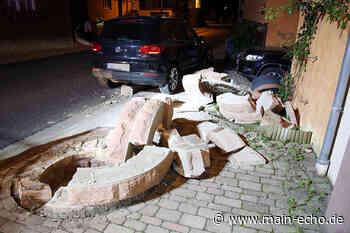 VW Tiguan kollidiert mit einem Brunnen in Elsenfeld - Main-Echo
