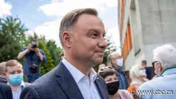 Polish President Duda infected with coronavirus; tennis star Swiatek goes into quarantine - CBC.ca