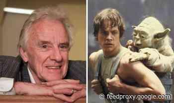 Star Wars crew faced MAJOR challenge in building Luke Skywalker's home 'Roof was GONE'