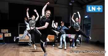 Ahrensburg: Jugendliche verfilmen Musik- und Tanzprojekt im Marstall - Lübecker Nachrichten