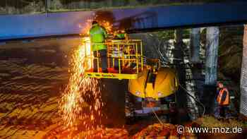 Autobahn: A10-Brücke in Birkenwerder gesprengt - moz.de