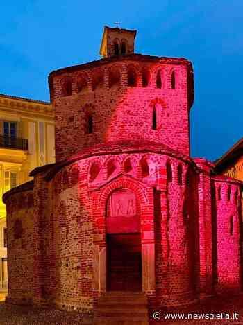 A Biella il Battistero si illumina di rosa contro il tumore al seno - newsbiella.it