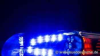 17-Jähriger rast mit Auto vor Polizeikontrolle davon - Süddeutsche Zeitung