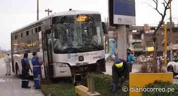 Auto provoca choque de buses del Metropolitano en SMP y deja 15 heridos (VIDEO y FOTOS) - Diario Correo