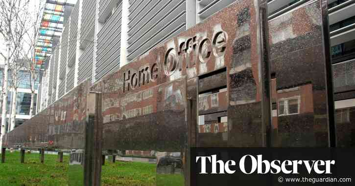 Asylum seekers sue UK over unlawful detention