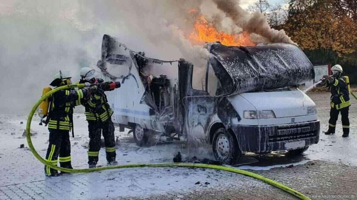Vor Solebad in Werne: Wohnmobil durch Feuer komplett zerstört - SauerlandKurier