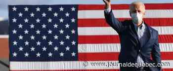 Biden accuse Trump d'avoir capitulé face à la COVID-19