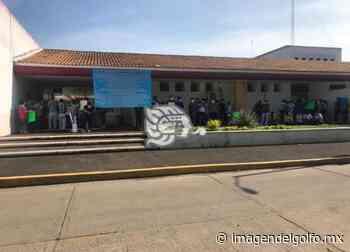 Cierran quirófanos y áreas por intoxicación del Hospital de Oluta - Imagen del Golfo