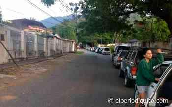 Largas colas para llegar a Ocumare de la Costa - El Periodiquito