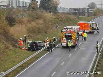 Autounfall in Beckum: Rettungshubschrauber fliegt Schwerverletzten ins Krankenhaus - Radio WAF