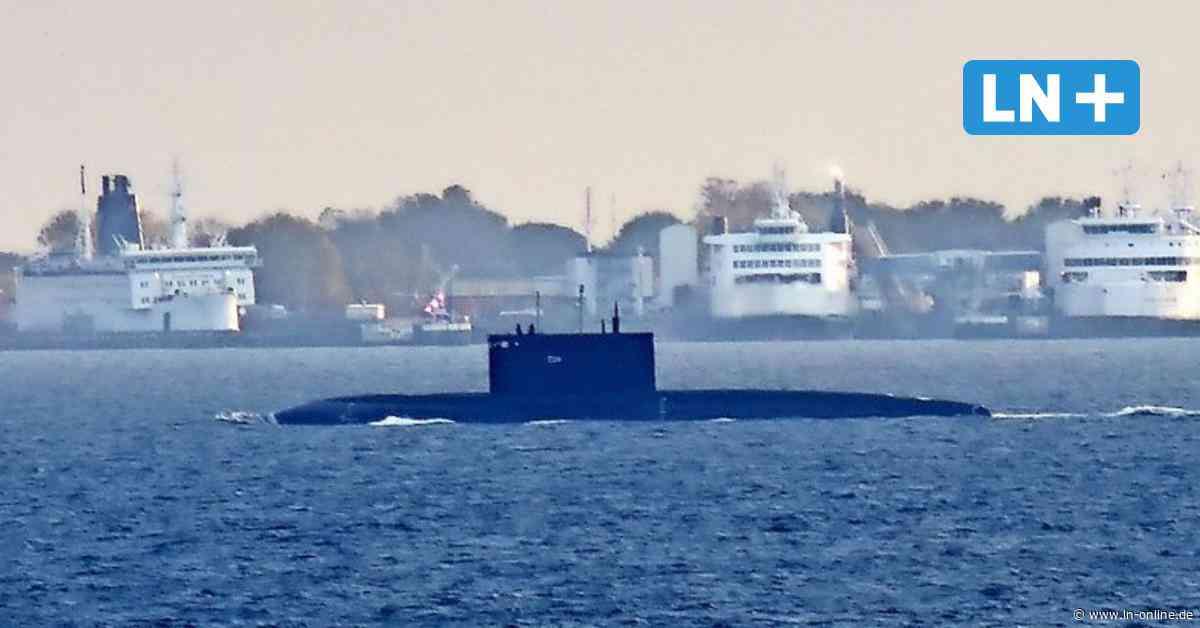 Russisches U-Boot vor Fehmarn gesichtet: Auf dem Weg in die Werft - Lübecker Nachrichten