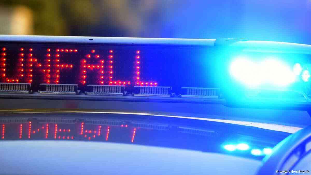 Holzkirchen: B13 nach Crash im Gegenverkehr komplett gesperrt - Autofahrerin eingeklemmt und schwer verletzt - Oberbayerisches Volksblatt