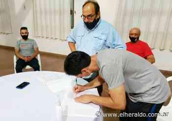 El Club Salto Grande presentó al nuevo coordinador del fútbol - elheraldo.com.ar