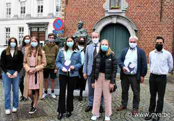 Bezieler van verkiezing kinderstadsdichter bundelt gedichten... (Sint-Niklaas) - Gazet van Antwerpen