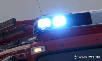 Zwei Verletzte: Verdacht auf illegales Autorennen zwischen Reutlingen und Bad Urach - RTF.1 Regionalfernsehen - Nachrichten