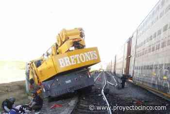 Tren embiste a grúa en Huamantla; una persona resultó lesionada - Informativo ProyectoCINCO