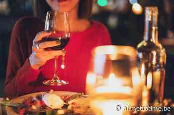Je eten smaakt slechter bij kaarslicht, zegt de wetenschap | Metro - Metro België