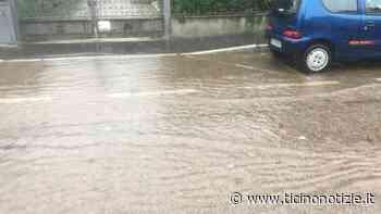 Magenta: piove a dirotto, via Mazenta allagata - Ticino Notizie