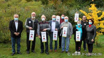 Tierschauen in Elsterwerda: Wenn ein alter Hase Geflügel züchtet - Lausitzer Rundschau