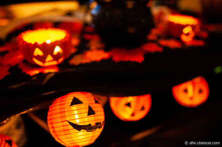 Dallas Mayor, County Judge Discourage Trick-Or-Treating, Urge Everyone To Have Fun At Home On Halloween