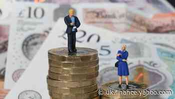 Women 'face £70,000 pension gender gap by retirement'