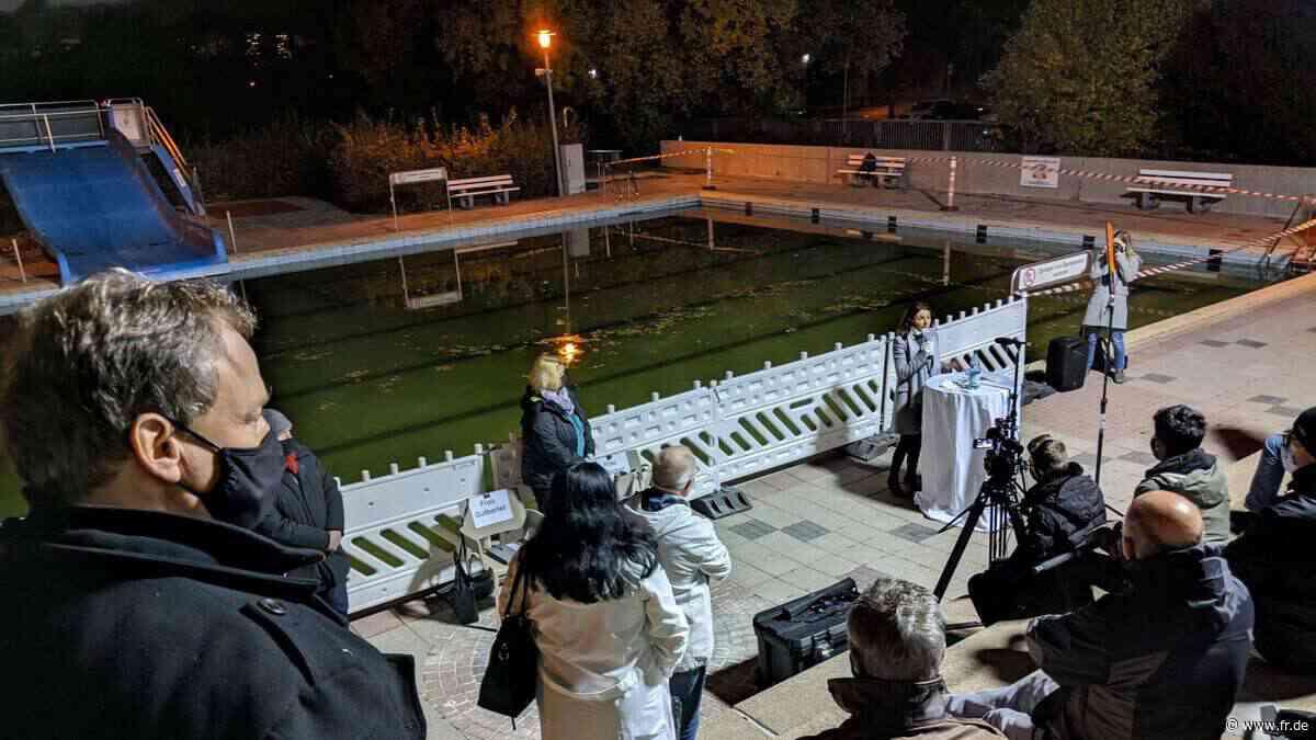 Bürgermeisterin von Maintal bringt Etat im Freibad ein - fr.de