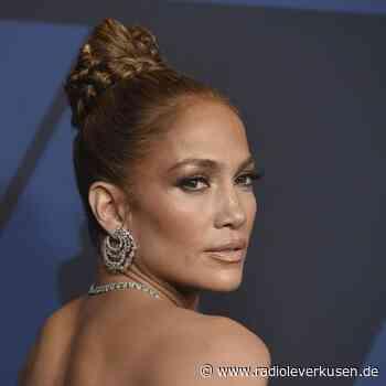 Jennifer Lopez und Armie Hammer in «Shotgun Wedding» - radioleverkusen.de