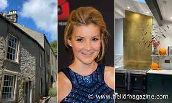 Helen Skelton stuns fans with gold home feature