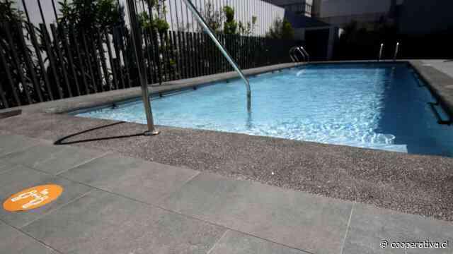 """Seremi de Salud: """"No hay riesgo importante de contagio en las piscinas"""""""