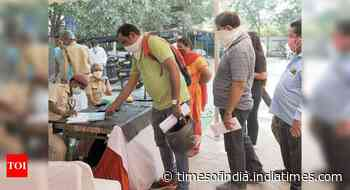Delhi's daily coronavirus infection tally crosses 5,000 mark for first time - Times of India