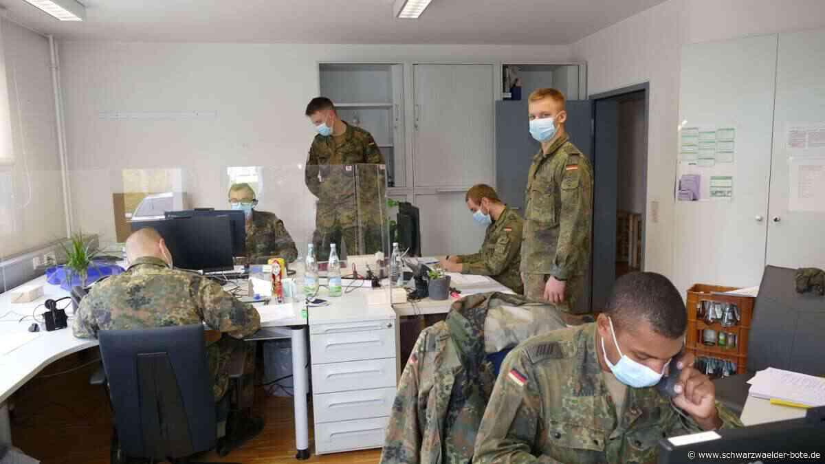 Corona im Kreis Rottweil: Bundeswehr-Soldaten unterstützen Gesundheitsamt - Schwarzwälder Bote