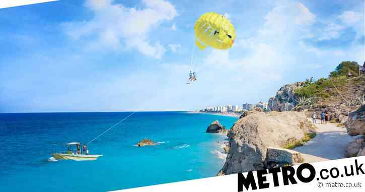 Two British teenagers dead and one injured in Rhodes parasailing accident