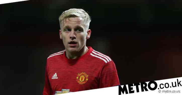 Manchester United midfielder Donny van de Beek could emulate impact of Bayern Munich's Thomas Muller, says Owen Hargreaves