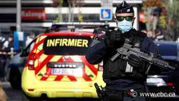 3 dead in knife attack at church in Nice, France