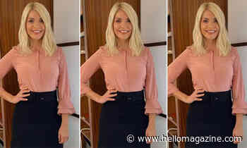 Holly Willoughby's mini skirt and boots combo is a game-changer