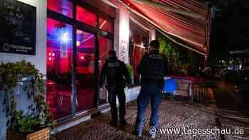 Liveblog: ++ Gericht kippt Sperrstunde in Niedersachsen ++