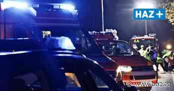 VW prallt gegen Baum: Autofahrer verunglückt tödlich zwischen Ronnenberg und Wettbergen