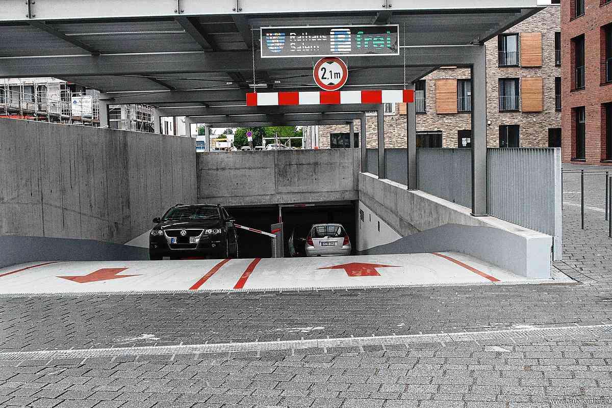 Unbekannter löst Brandmeldeanlage in Rathaus-Tiefgarage aus | SÜDKURIER Online - SÜDKURIER Online